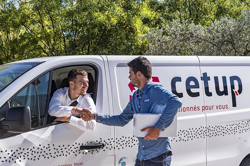 Requalification « en contrat de travail » du lien entre Uber et ses chauffeurs VTC
